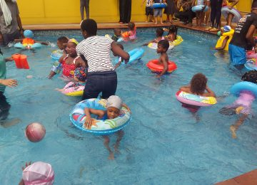 PLAYSCHOOL SWIMDAY